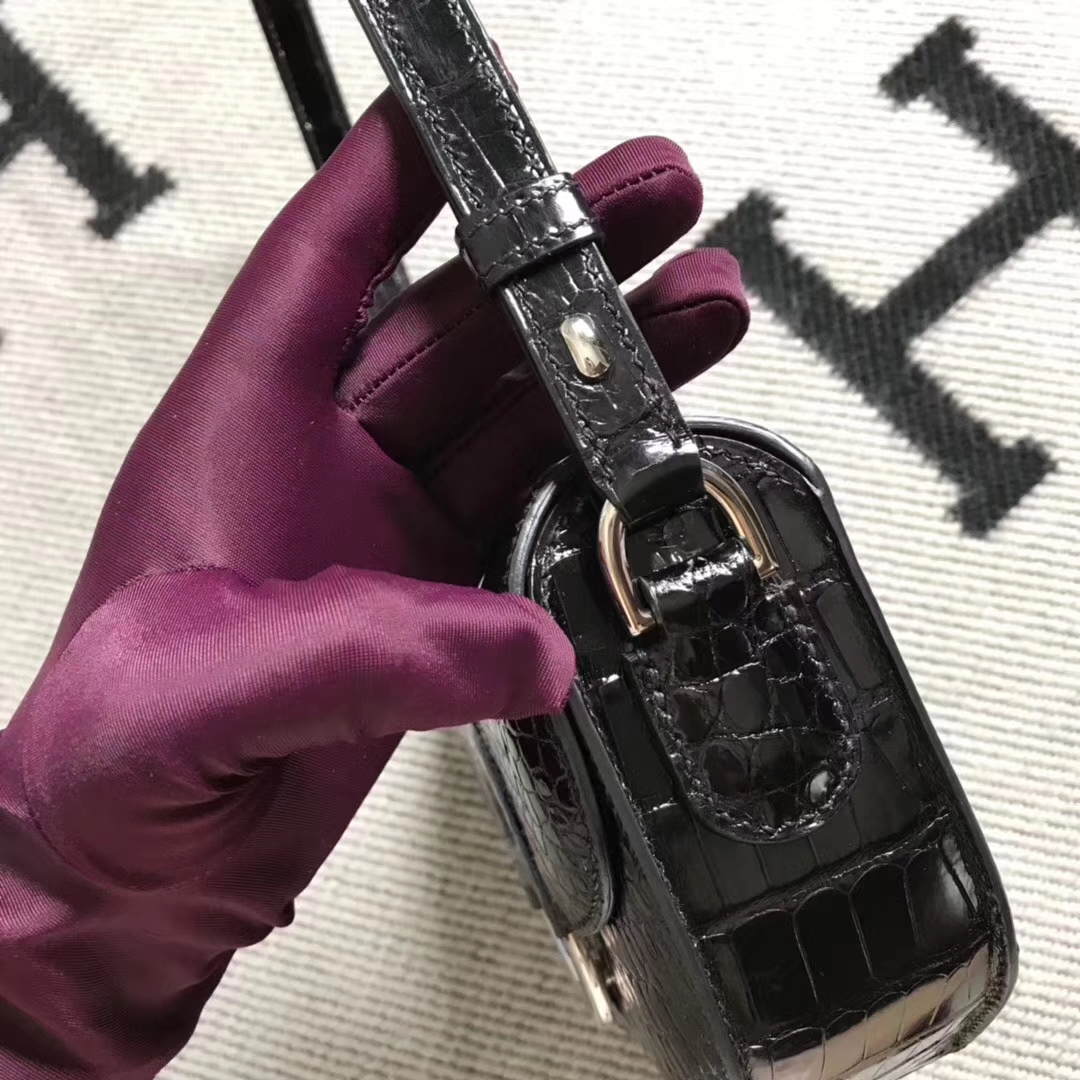 Noble Hermes Shiny Crocodile Leather Cherche Midi20CM Shoulder Bag in Black Silver Hardware