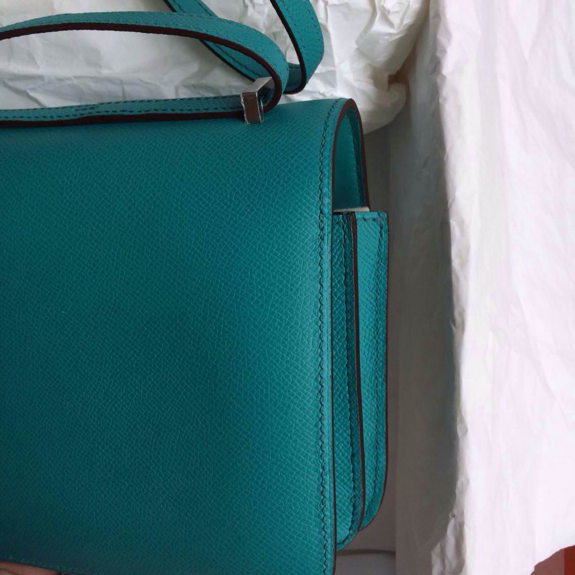 Hand Stitching Hermes Constance Bag 26cm 7F Lagon Color France Epsom Leather