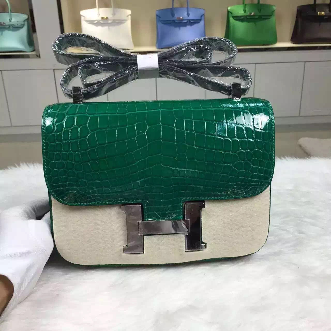 Wholesale Hermes Crocodile Leather Emerald Green Constance Bag24CM Cross-body Bag