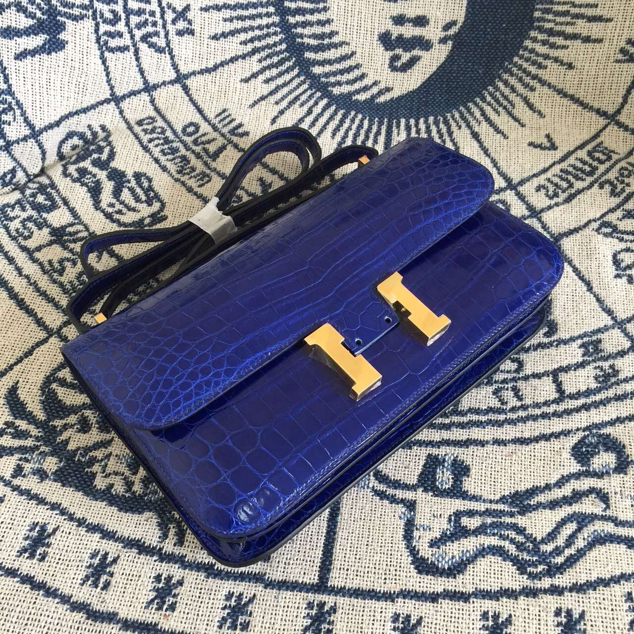 Cheap Hermes 7T Blue Electric Crocodile Skin Constance Bag 26CM