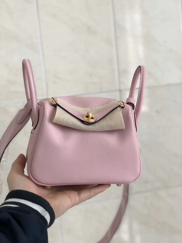 Pretty Hermes 3Q Rose Sakura Swift Calf Mini Lindy Bag19cm Gold Hardware