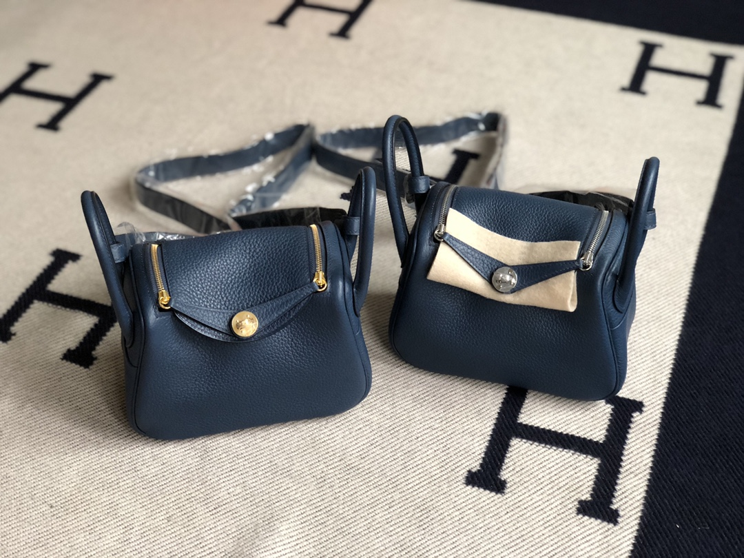 Stock Hermes S4 Deep Blue TC Calf Mini Lindy Bag19cm Gold/Silver Hardware