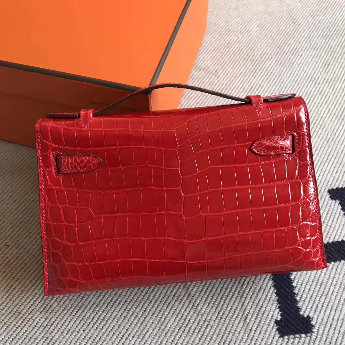 Pretty Hermes CK95 Braise Shiny Crocodile Minikelly Pochette Clutch Bag 22CM