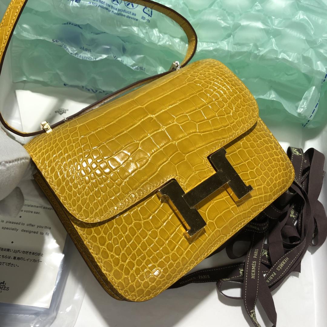 Luxury Hermes 9D Ambre Yellow Shiny Crocodile Constance Bag18CM Gold Hardware