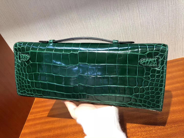 Elegant Hermes CK67 Vert Fonce Shiny Crocodile Kelly Cut Evening Clutch Bag