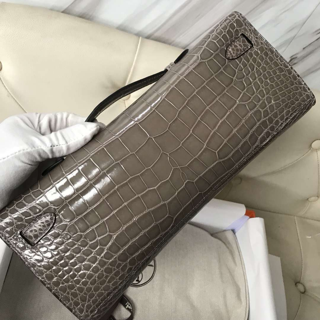 Wholesale Hermes CK81 Gris Tourterelle Porosus Shiny Crocodile Kelly Cut Evening Bag Silver Hardware