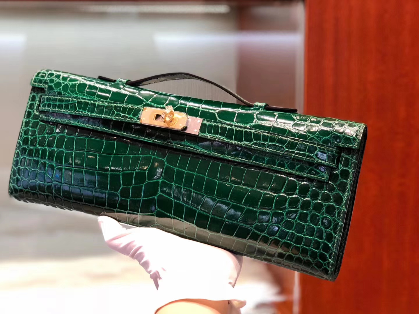 Discount Hermes Porosus Crocodile Kelly Cut Clutch Bag CK67 Vert Fonce Gold Hardware