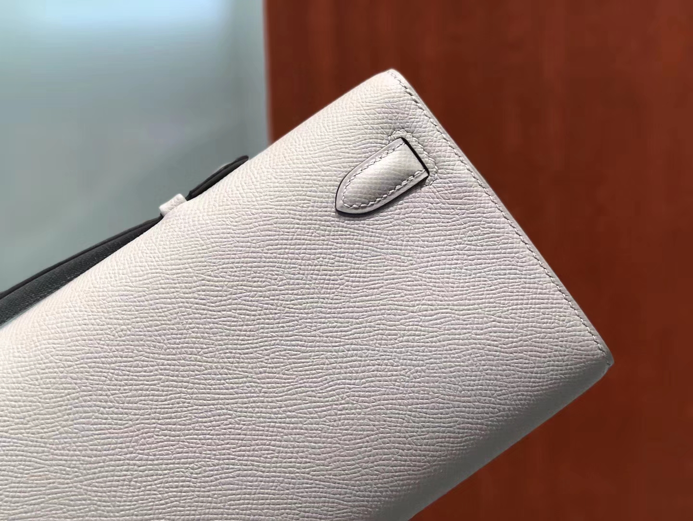 Elegant Hermes 4ZGris Mouette Epsom Calf Kelly Cut Evening Bag Silver Hardware
