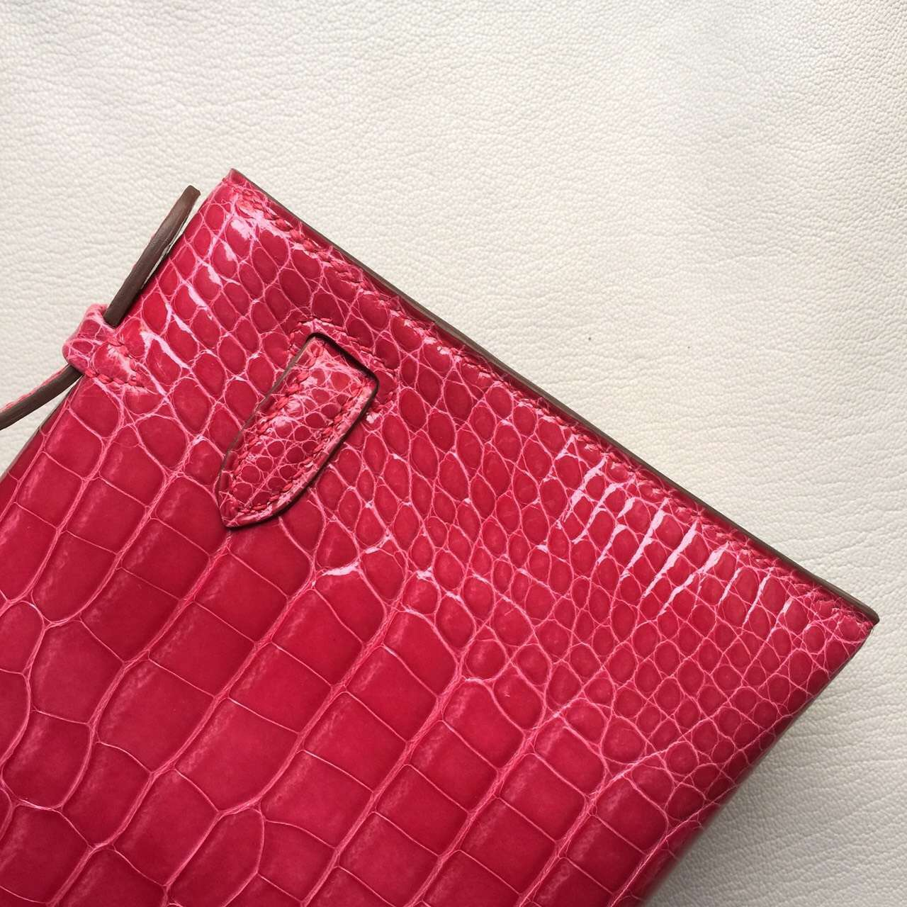 Hermes 5J Rose Scheherazade Crocodile Shiny Leather Mini Kelly Bag 22CM