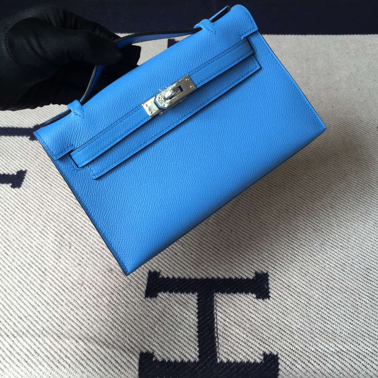 On Sale Hermes 2T Blue Paradise Epsom Leather Minikelly Clutch Bag 22CM