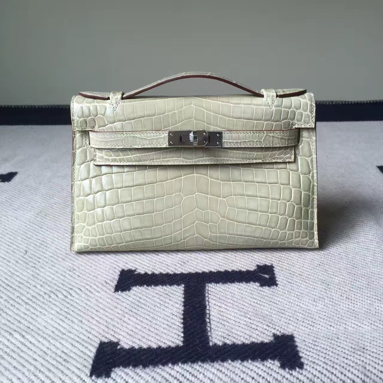 Wholesale Hermes Minikelly Clutch Bag 22cm 8L Beton White Crocodile Leather