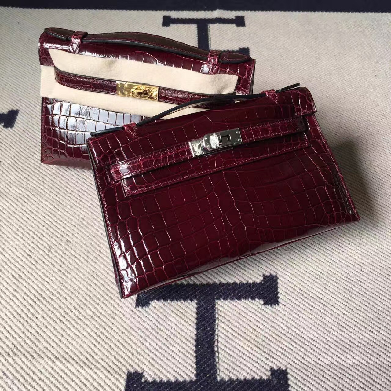 Hot Sale Hermes Minikelly Bag 22CM CK57 Bordeaux Crocodile Shiny Leather