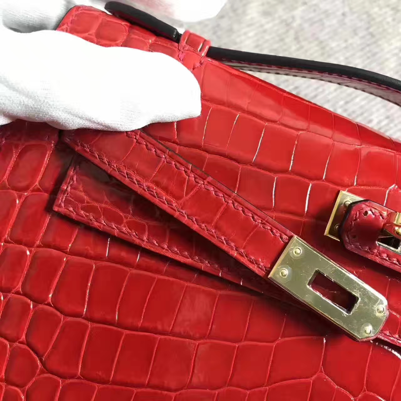 Wholesale Hermes CK95 Braise Crocodile Shiny Leather Minikelly Bag 22cm