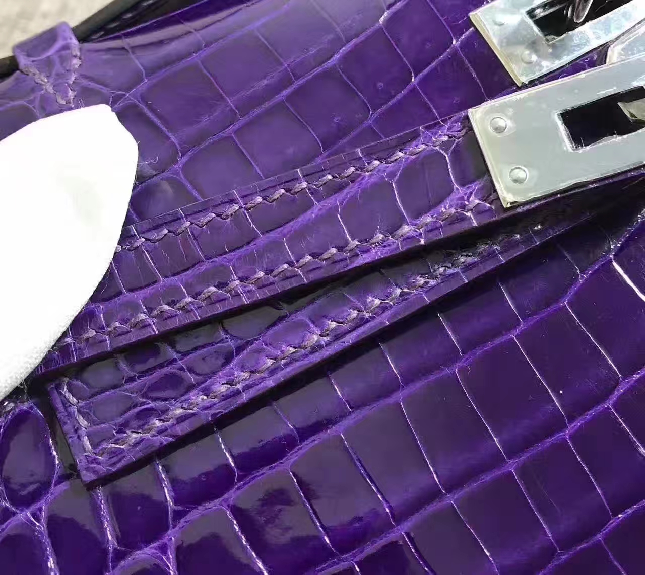 Wholesale Hermes Minikelly Clutch Bag in 9K Iris Purple Crocodile Leather