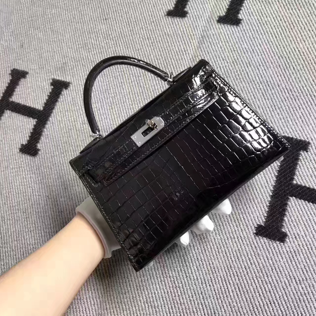 Hermes CK89 Black Crocodile ShinyLeather Minikelly-2 Clutch Bag