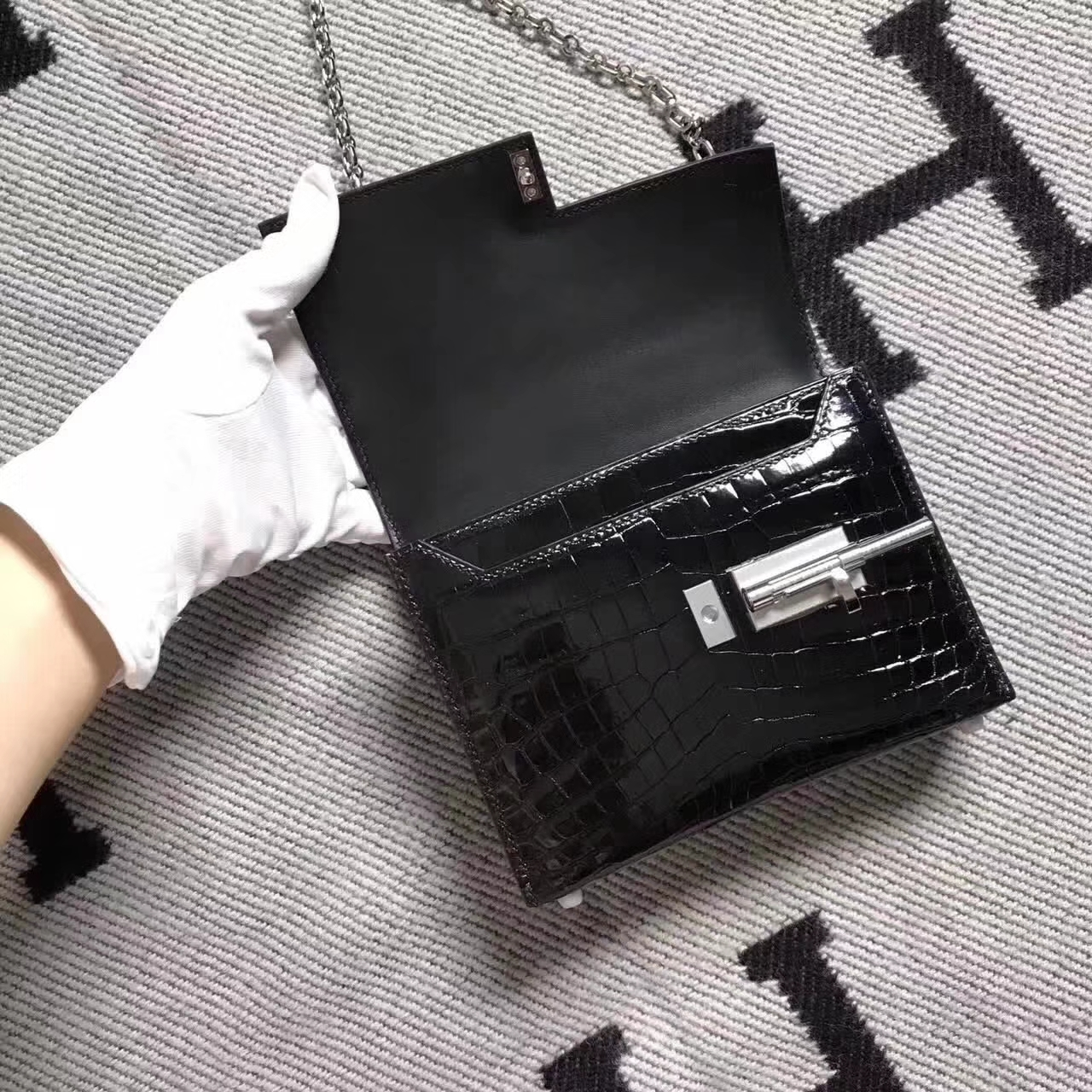 New Arrival Hermes Black Crocodile Shiny VerrouChain Shoulder Bag Small Size