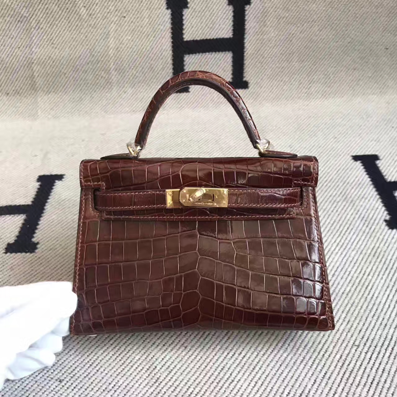 Wholesale Hermes Crocodile Shiny Minikelly-2 Bag in CK31 Miel