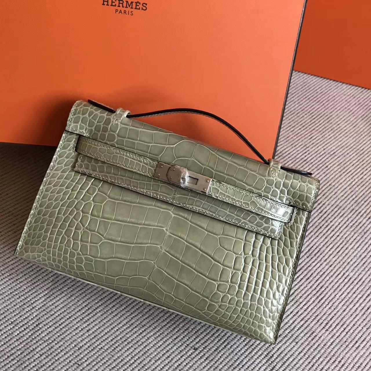 Luxury Hermes Shiny Crocodile Leather Minikelly22cm in CK81Gris Tourterelle