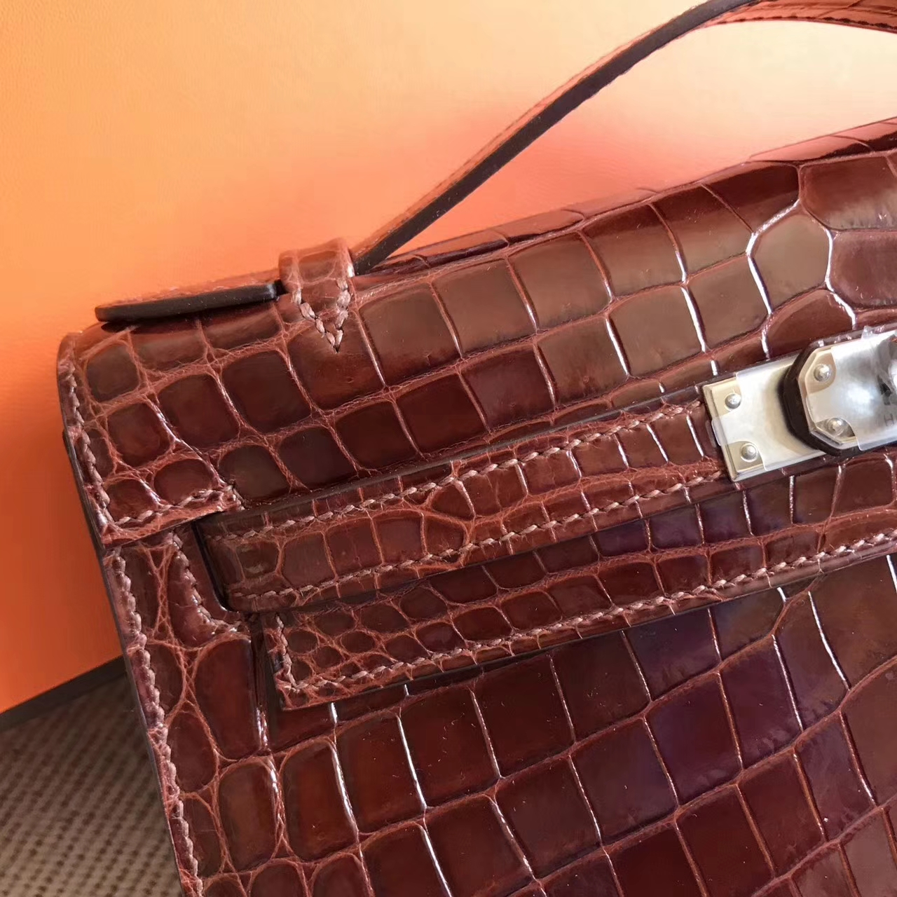 Discount Hermes Brown Shiny Crocodile Leather Minikelly Pochette 22CM