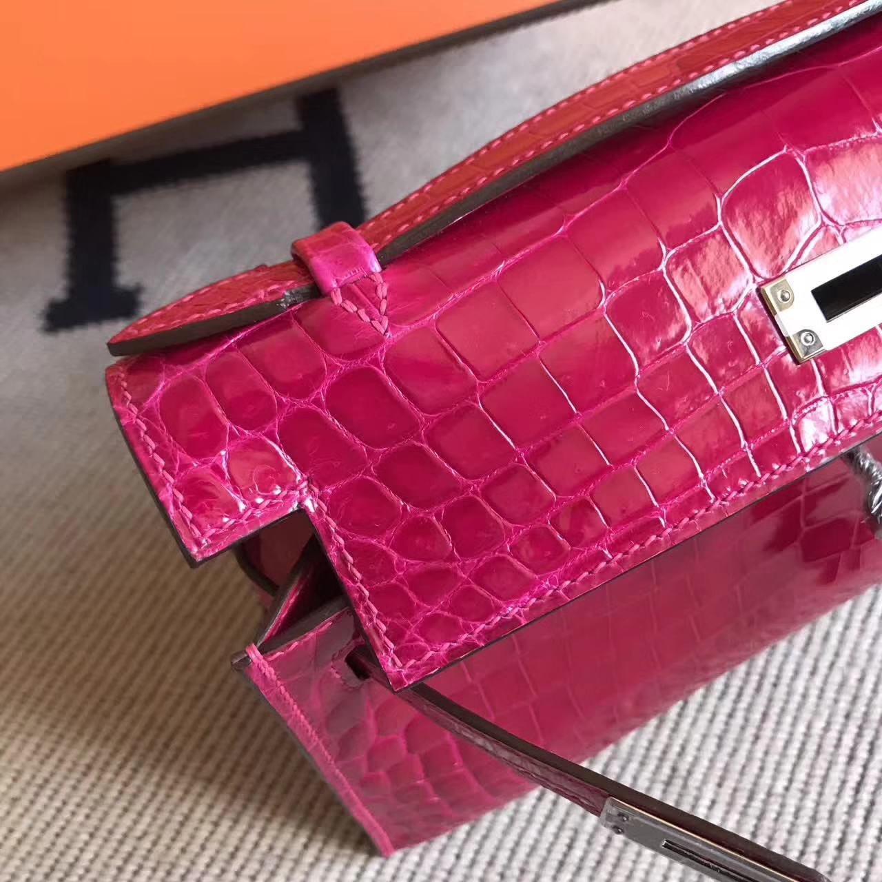 Hermes Minikelly Clutch Bag in J5 Rose Scheherazade Crocodile Leather Silver Hardware