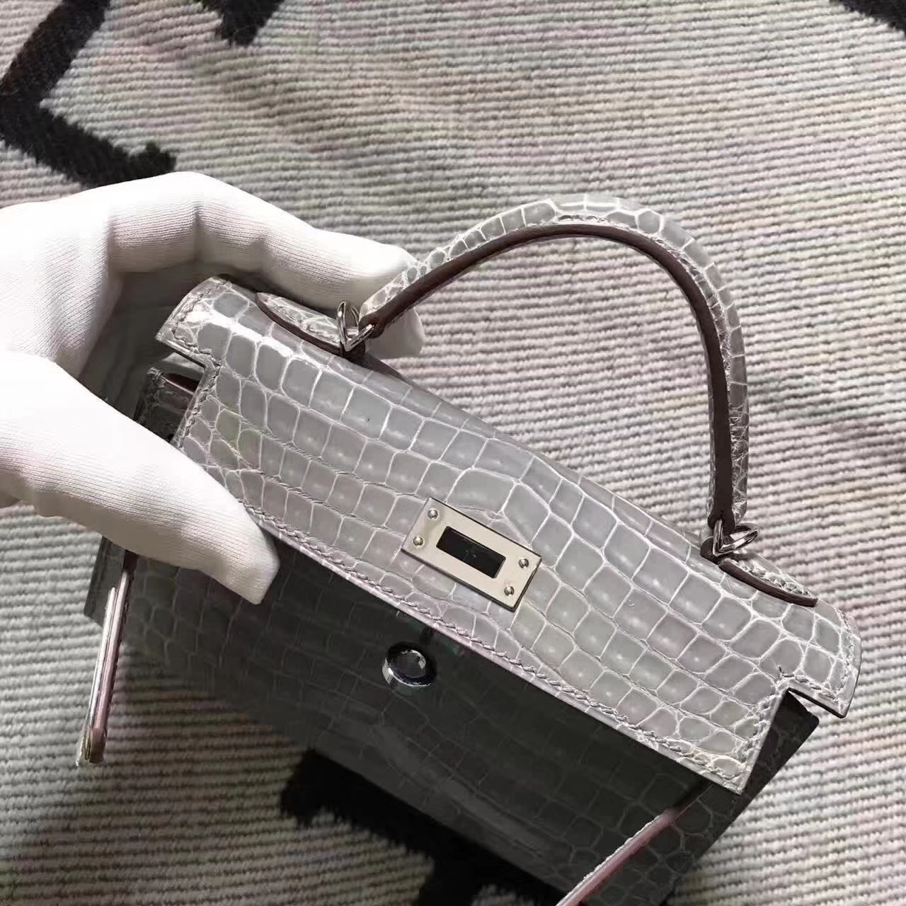Wholesale Hermes Minikelly-2 Clutch Bag in CK81Gris Tourterelle Crocodile Leather