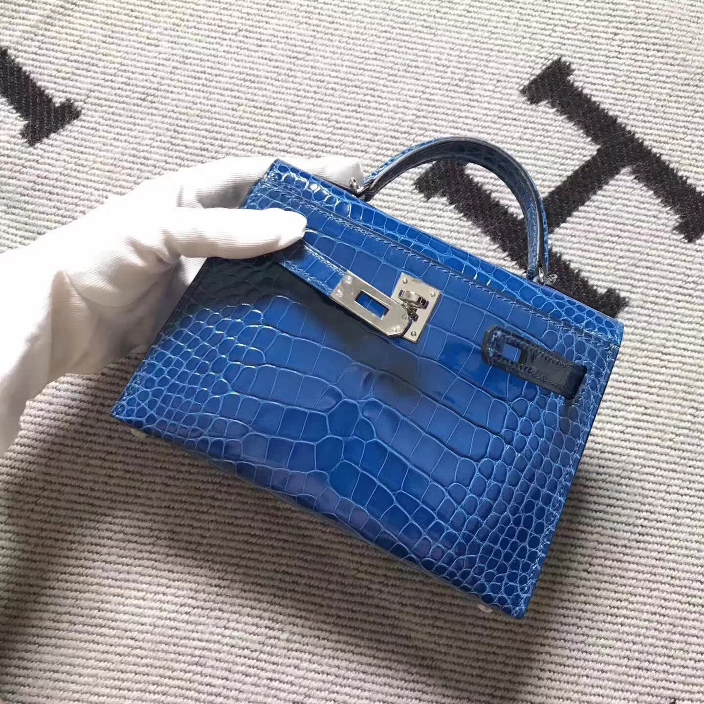 Noble Hermes Blue Crocodile Shiny Leather Minikelly-2 Clutch Bag