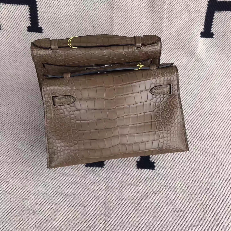 New Hermes Brown Matt Alligator Crocodile Minikelly22cm Clutch Bag