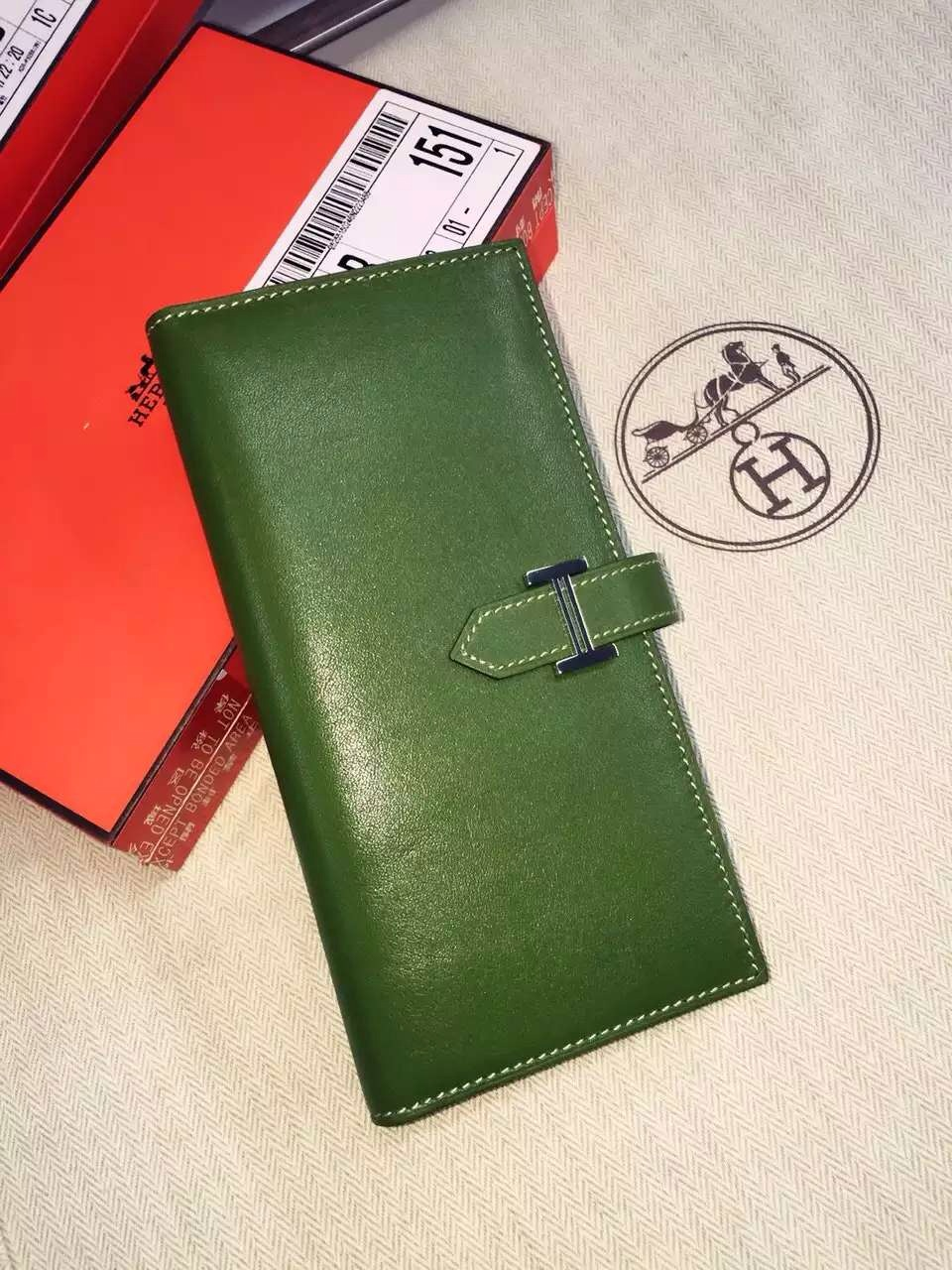 19CM Hermes V6 Olive Green Swift Leather Bean Women's Long Wallet Clutch Bag