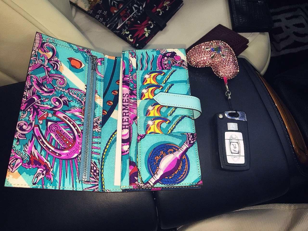 Discount Hermes Silk'in Series Bean Wallet 3P Lagon Blue Swift Leather Long Purse