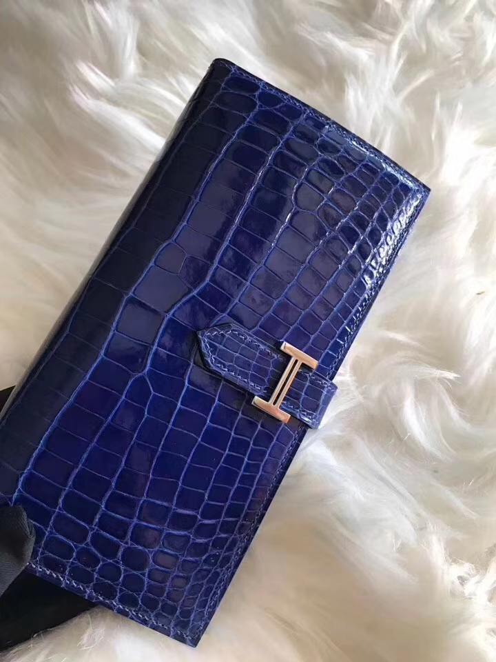 Elegant Hermes Shiny Crocodile Leather Bean Wallet Purse in Blue Electric