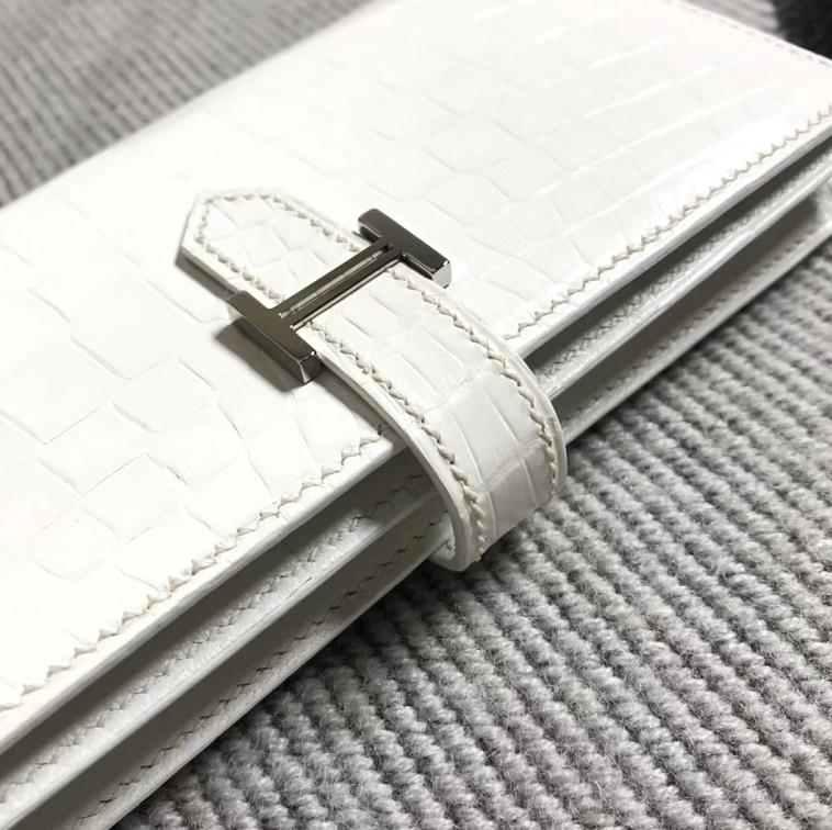 Stock Hermes Pure White Matt Crocodile Leather H Bean Wallet Clutch Bag