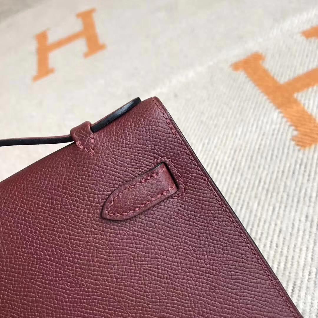 Elegant Hermes CK55 Rouge Hermes Epsom Calfskin Minikelly Pochette Gold Hardware