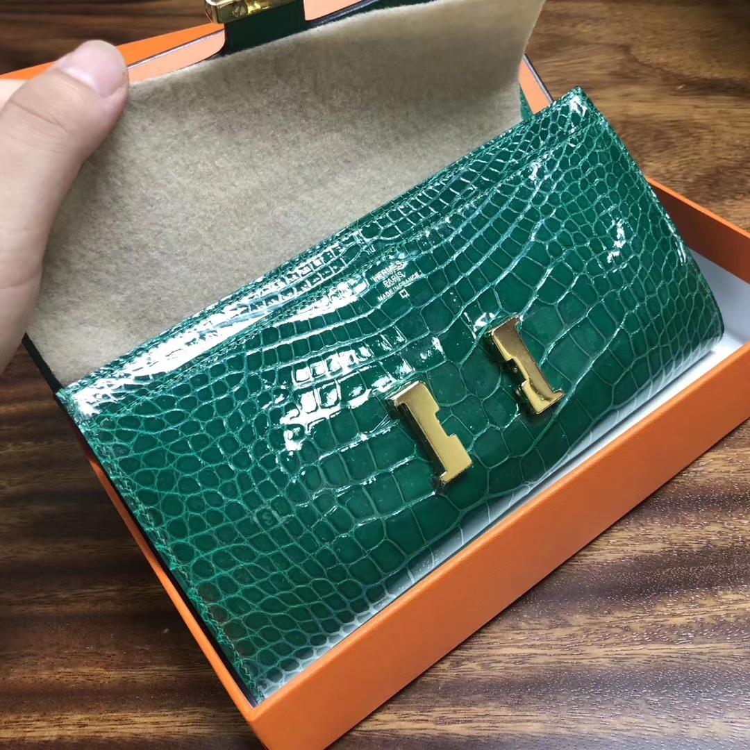 Luxury Hermes 6Q Vert Emerald Shiny Crocodile Constance Wallet Gold Hardware