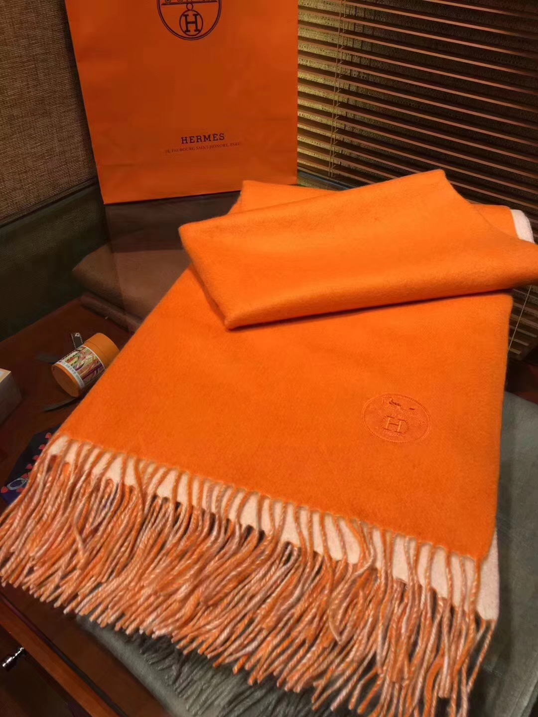High Quality Hermes 100% Cashmere Women's Scarf Cape in Orange71*210cm