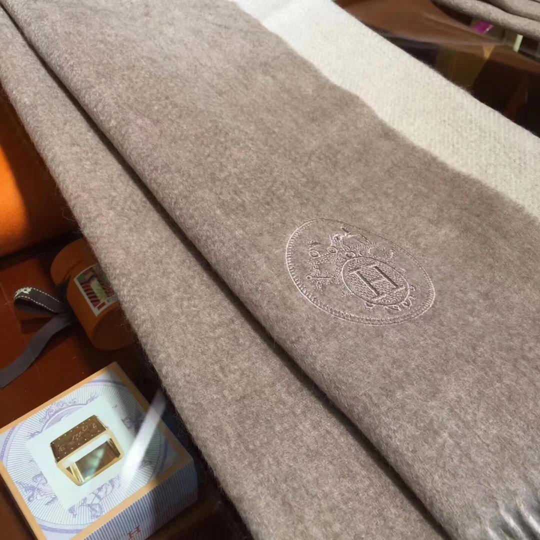Elegant Hermes Grey 100% Cashmere Women's Scarf 71*210cm