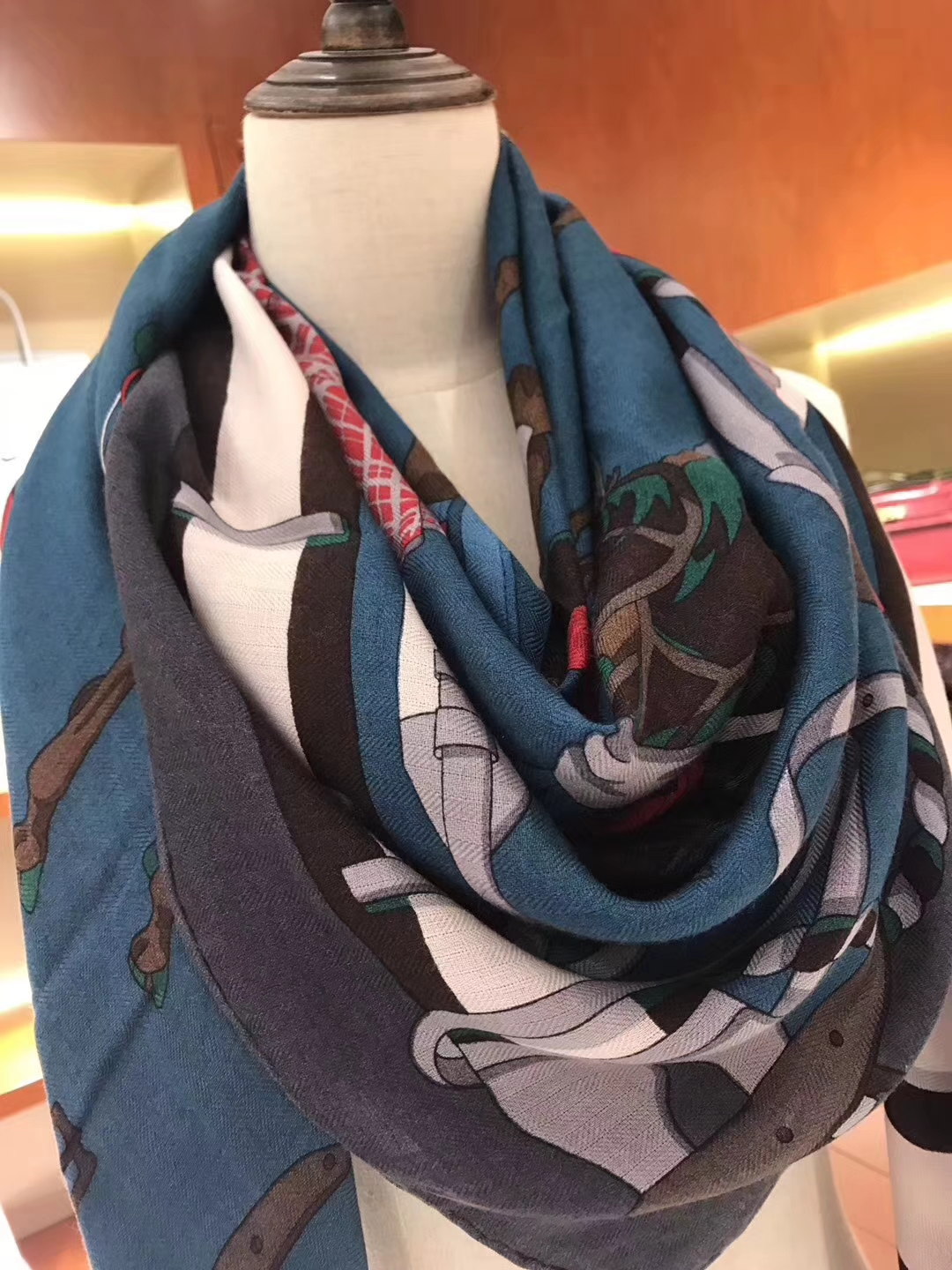 High Quality Hermes Cashmere Scarf Cape in Navy Blue 140*140cm Complete Package