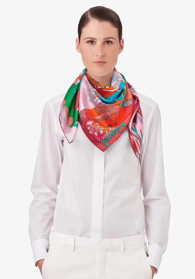 Fashion Hermes Top Quality Silk Scarf《Amazing Animals》in Orange90*90cm