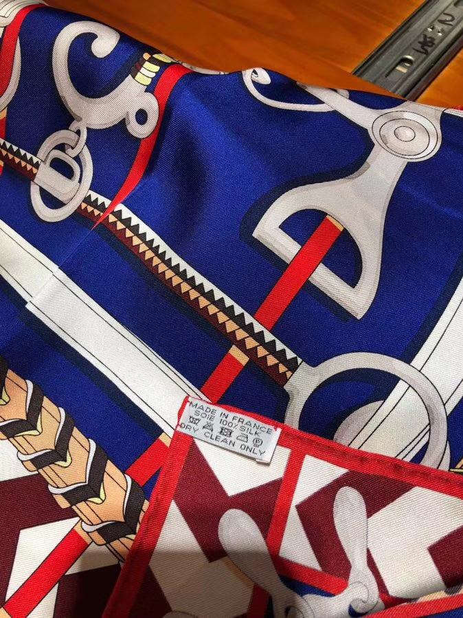 Elegant Hermes 2018 Autumn New Scarf 90*90CM 100%Silk in Blue & White