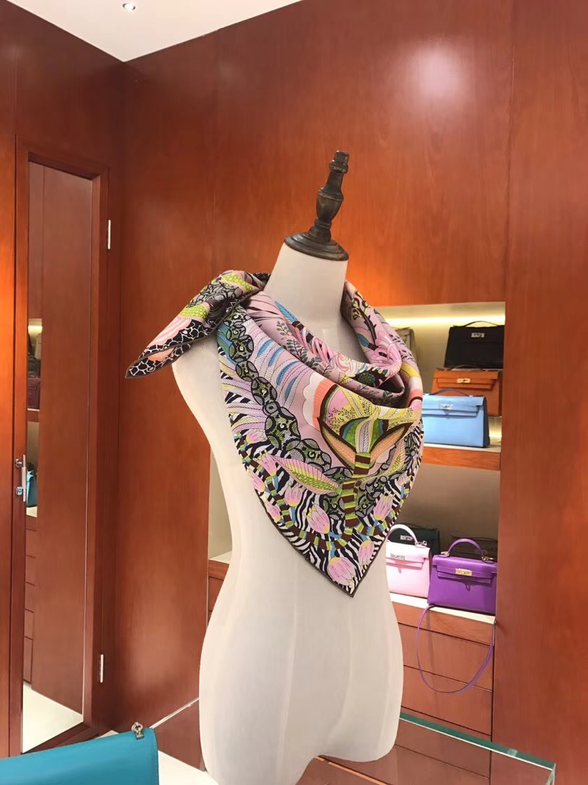 Elegant Hermes Real Silk Classic Square Scarf in Light Purple 90*90CM