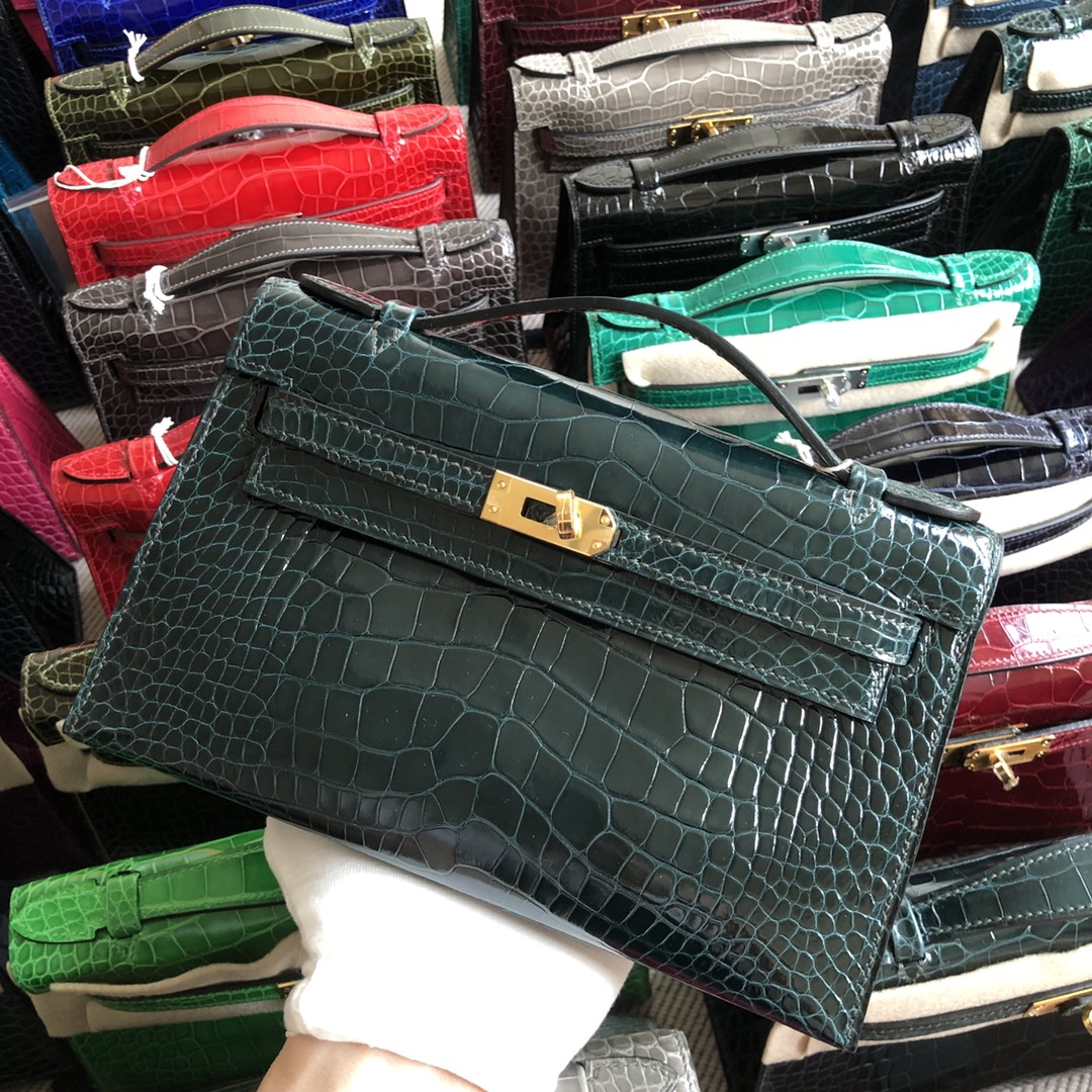 Stock Hermes Shiny Crocodile Minikelly Clutch Bag in 1P Blue Colvert Gold Hardware