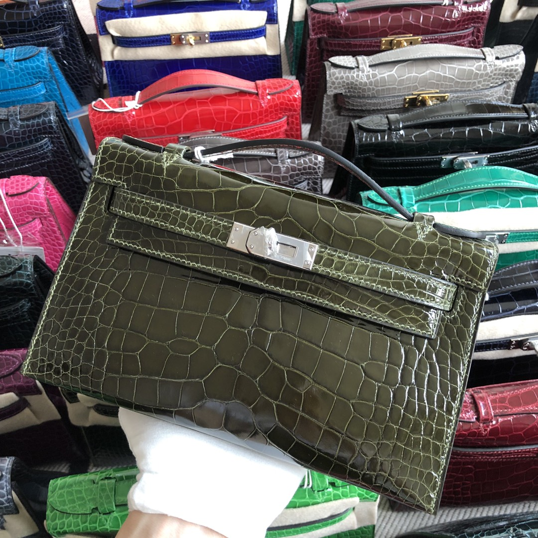 Stock Hermes Shiny Crocodile Minikelly22CM in 6H Olive Green Gold/Silver Hardware