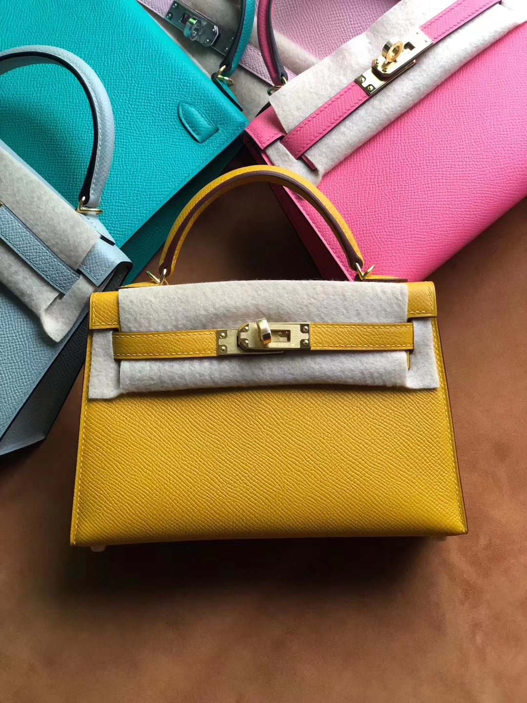 Stock Hermes 9D Ambre Yellow Epsom Calf Minikelly-2 Clutch Bag Gold Hardware
