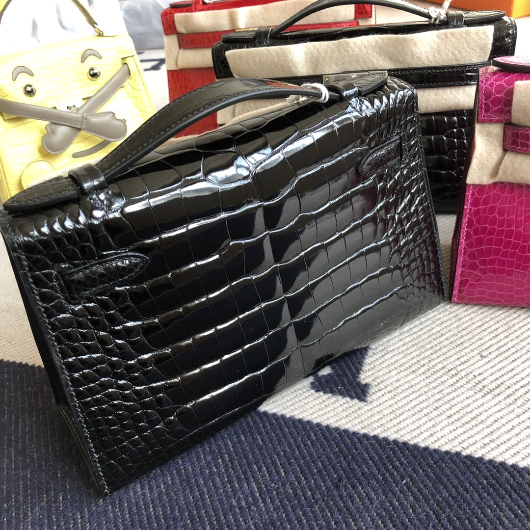 Stock Hermes CK89 Noir Alligator Crocodile Minikelly22CM Clutch Bag