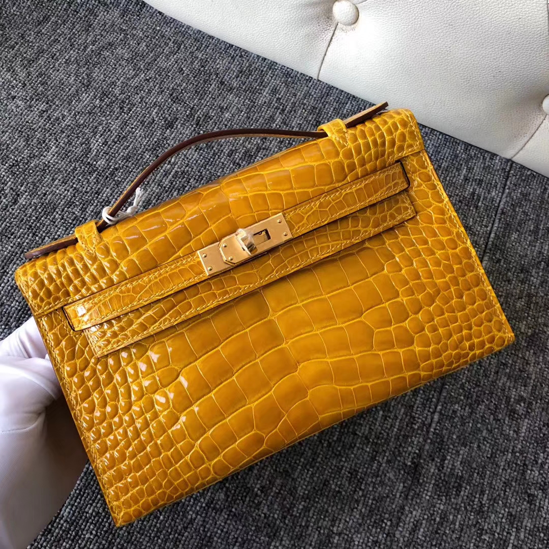 Hermes Alligator Crocodile Minikelly22CM Evening Bag in  9D Ambre Yellow Gold Hardware