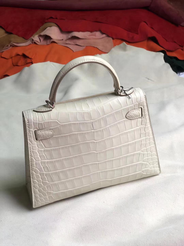 Customize Hermes Matt Crocodile Minikelly-2 Bag in 8L Beton White