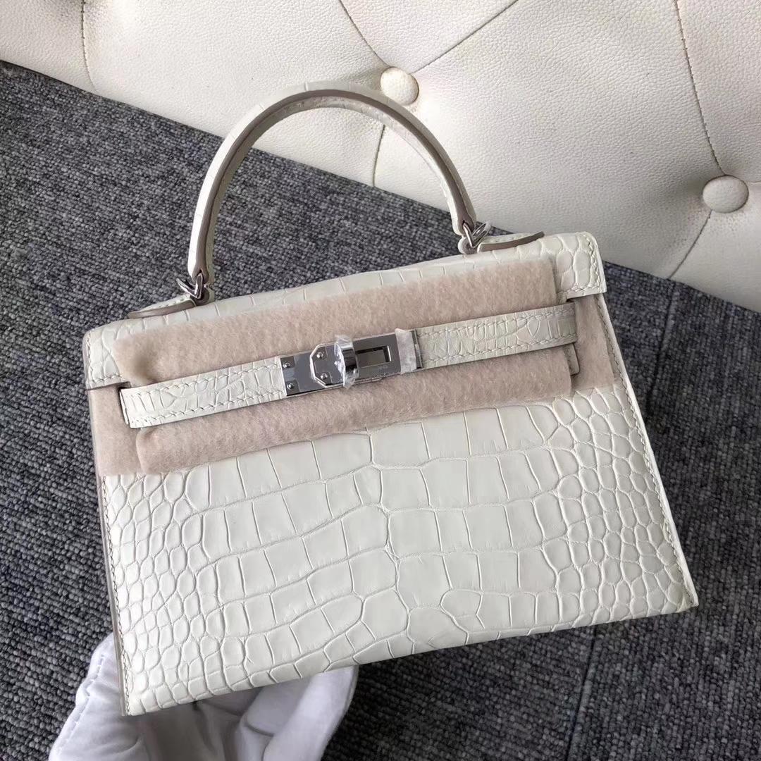 Stock Hermes 8L Beton White Matt Crocodile Minikelly-2 Evening Bag Silver Hardware