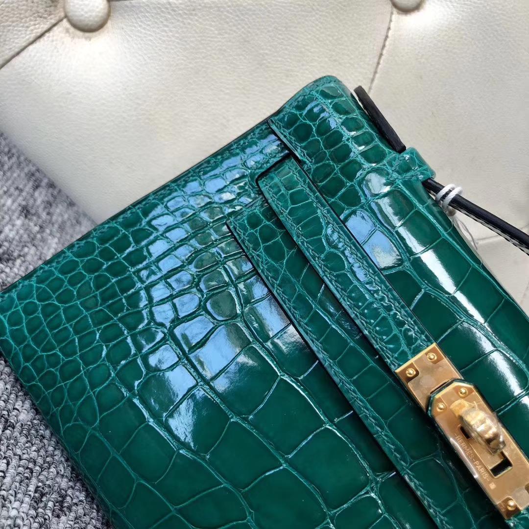 Stock Hermes 6Q Vert Emeraude Shiny Crocodile Minikelly Pochette22CM Gold Hardware