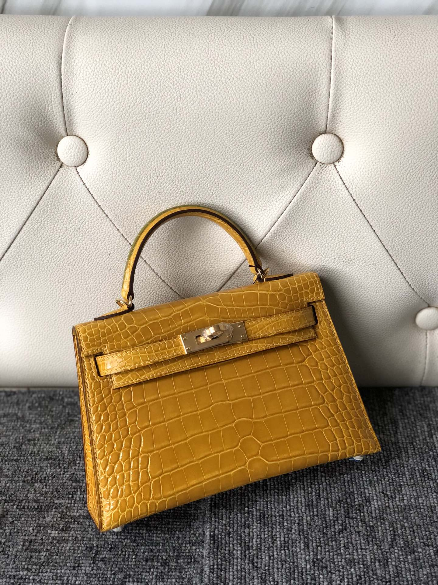 Stock Hermes Shiny Crocodile Minikelly-2 Clutch Bag in 9D Ambre Yellow Gold Hardware