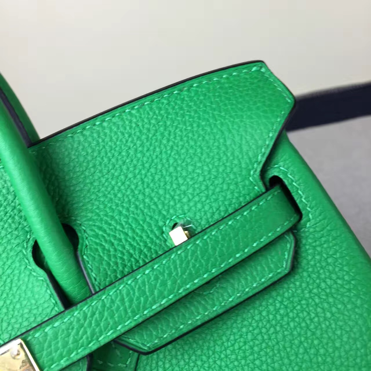 Hand Stitching Hermes Togo Leather Birkin Bag 25cm in 1K Bamboo Green