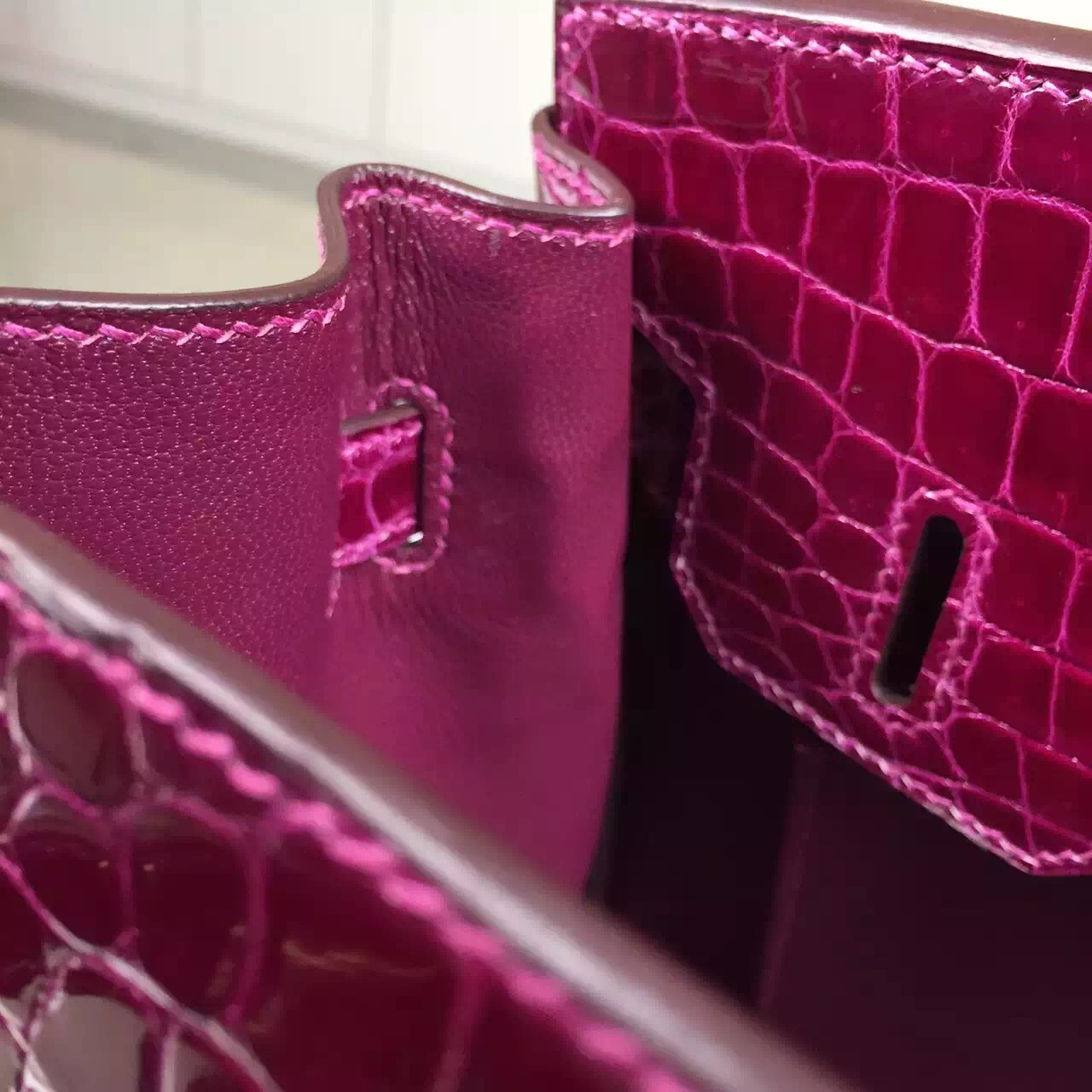 Hermes Crocodile Shiny Leather Birkin30 New Fuchsia Color Gold Hardware